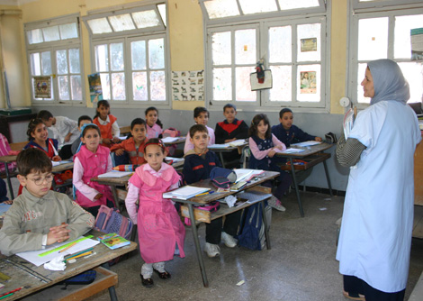 """نحو إلغاء عطلة الربيع وتمديد السنة الدراسية لتعويض """"خسائر"""" الإضراب 2014-Ecolier_primair"""
