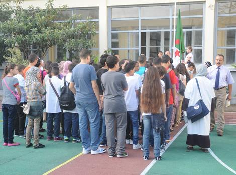 """300 ألف تلميذ في التعليم المتوسط يتحصلون على """"توبيخ"""" ecole_22.jpg"""